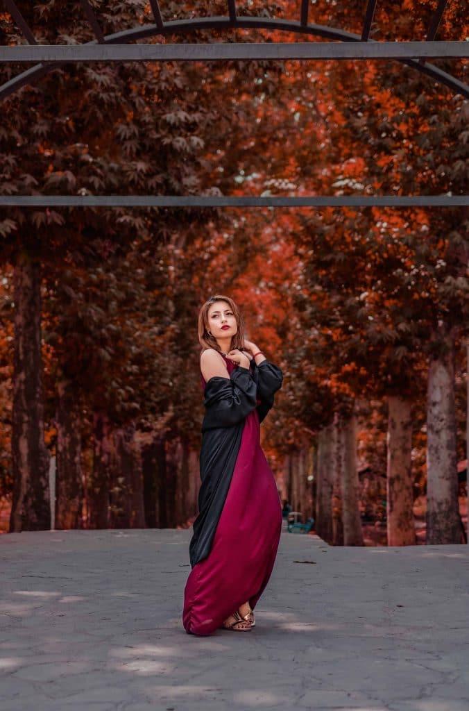which hair colours suit me autumn clothes