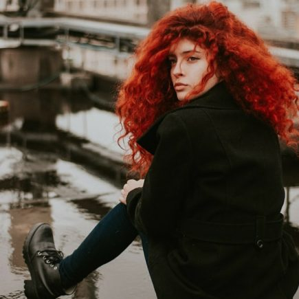 how to stop red hair dye from fading
